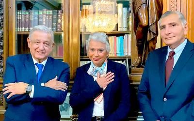 GOBIERNO Y HACIENDA SE DICTA EN PALACIO