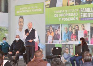 """""""MÁS DE 37 MIL MEXIQUENSES HAN RECIBIDO SU TÍTULO DE PROPIEDAD"""": ALFREDO DEL MAZO"""